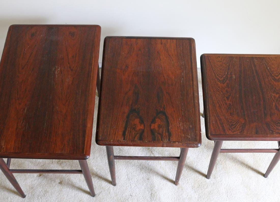 (3pc) NEST OF ROSEWOOD SNACK TABLES - 3