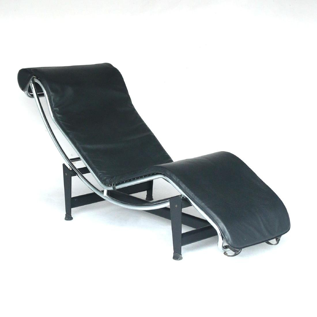 LE COURBOSIER LOUNGE CHAIR - 2