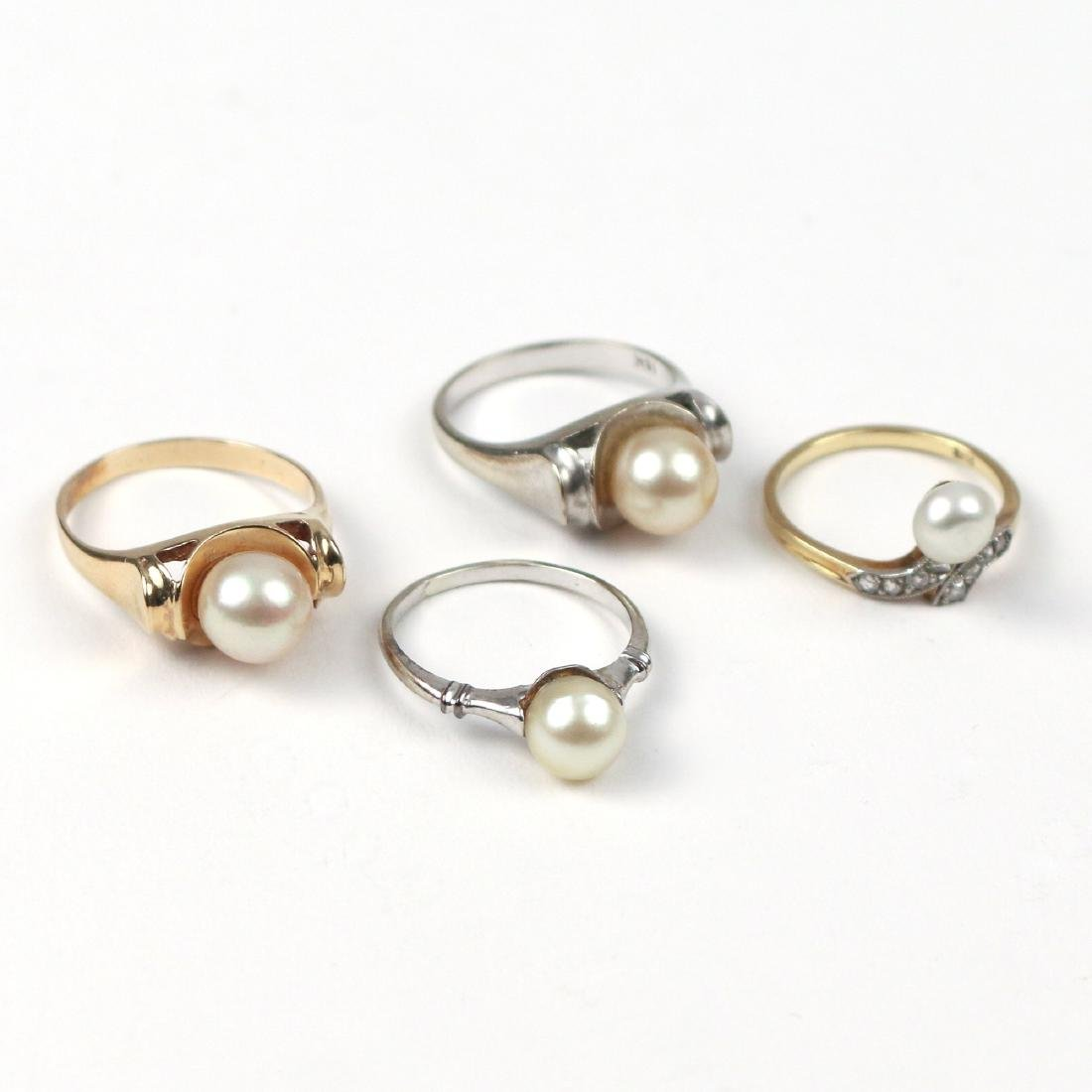 (4pc) PEARL & GOLD RINGS