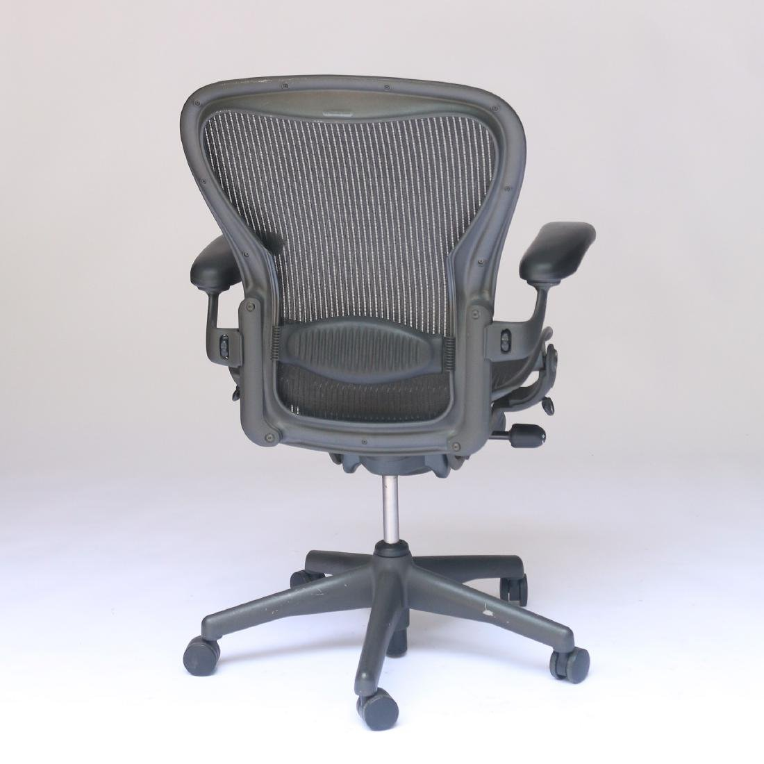 HERMAN MILLER AERON OFFICE CHAIR - 3