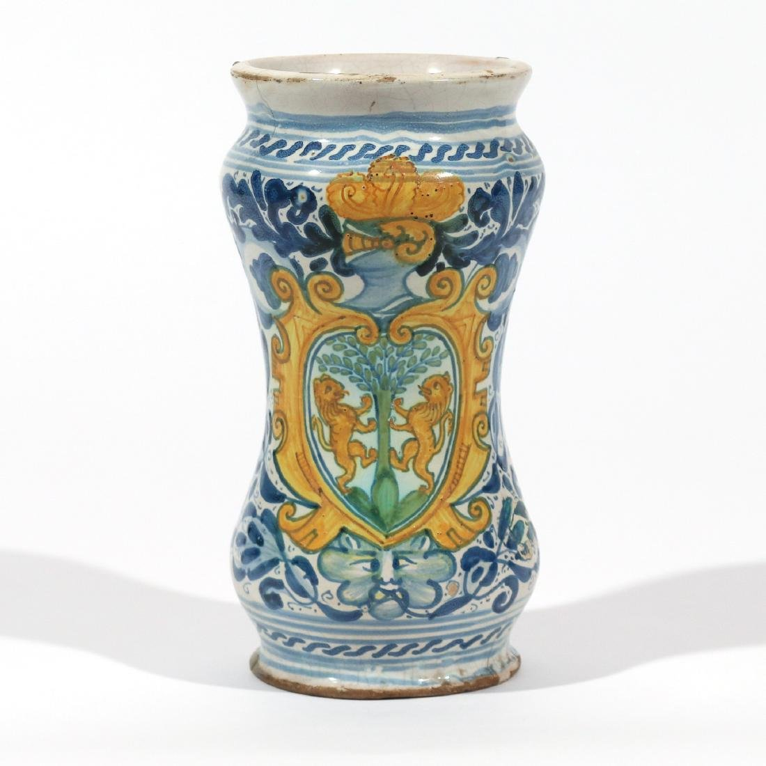EARLY ITALIAN MAIOLICA APOTHECARY JAR
