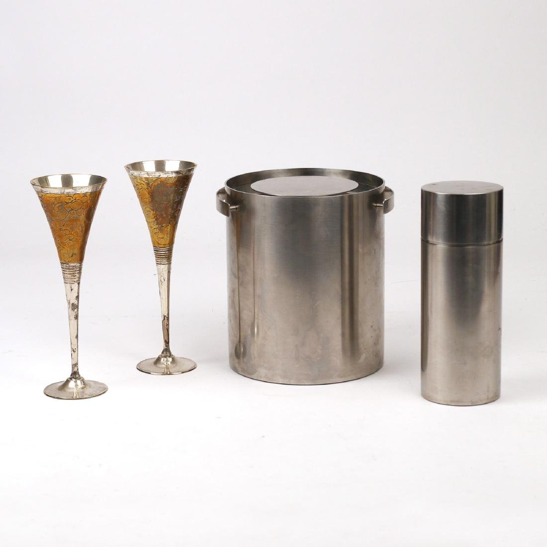 (4pc) MID-CENTURY DRINK ACCESSORIES