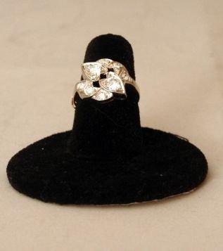 5: 14KW & YG LADY'S RING W/8 SM. FULL CUT DIAMONDS