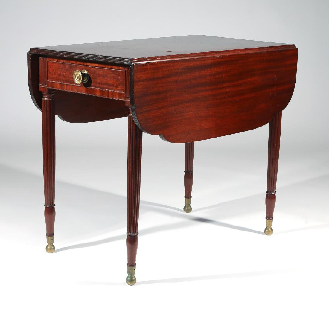 LATE FEDERAL CARVED MAHOGANY PEMBROKE TABLE