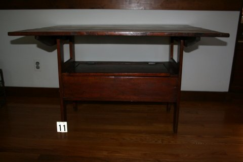 11) 19TH C. AMER. HUTCH TABLE W/VARNISH FINISH, H