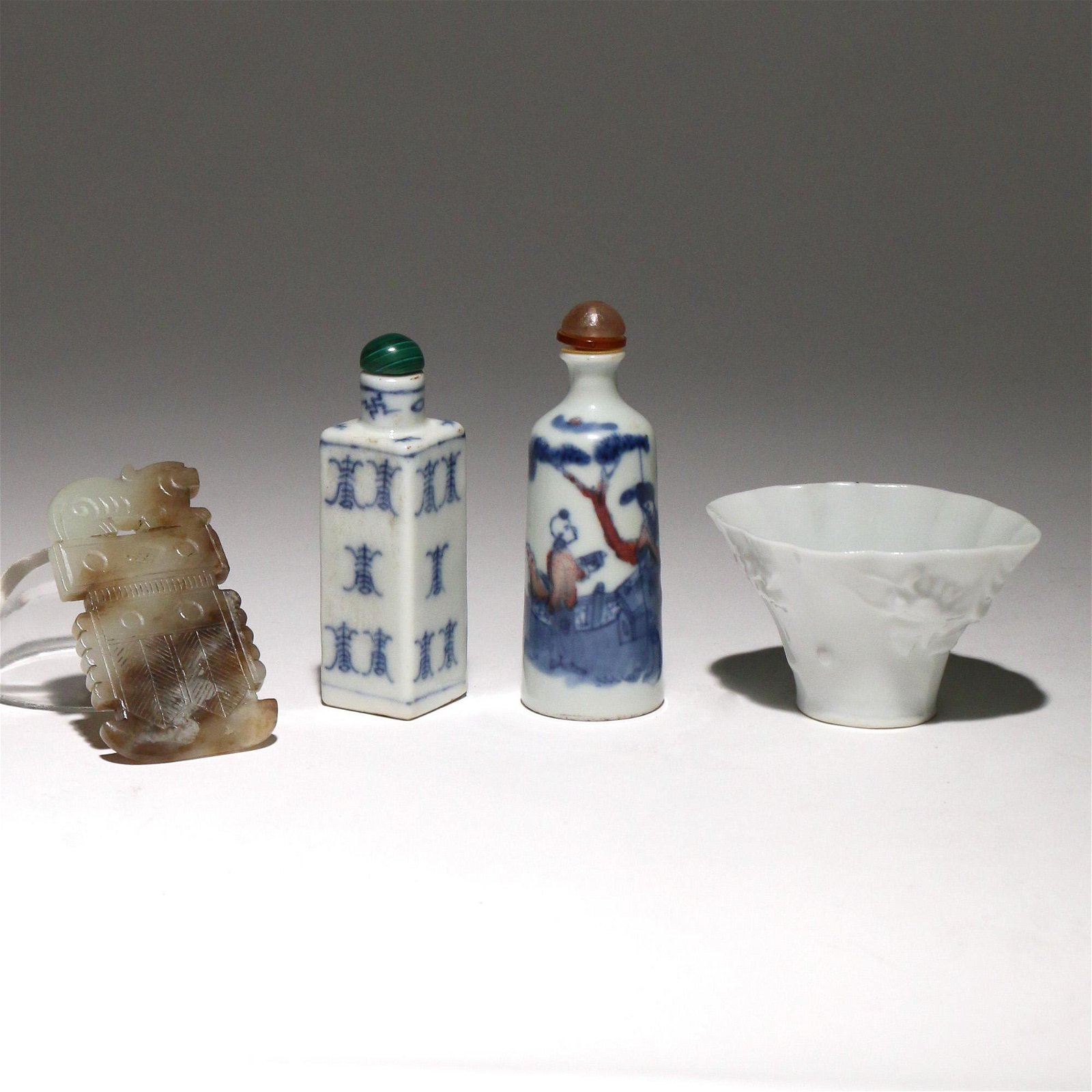 (5pc) CHINESE DECORATIVE ITEMS