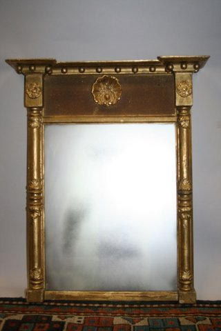 17: FEDERAL 1/2 SPINDLE PEDIMENT WALL MIRROR CRESTED BY