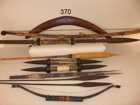 370: GROUP OF ABORIGINAL WEAPONS SOME W/CARVING & PAINT