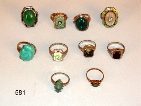 581:  GROUP 14KWG & Y GOLD RINGS, 10-W/GREEN STONES, 1-