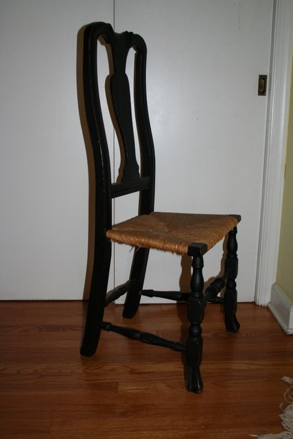 20: Q.A. SIDE CHAIR W/SPANISH FEET