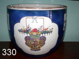 330) 19TH C. CHINESE FAMILLE VERTE JARDINIERE