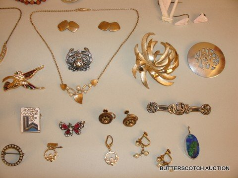 5) LOT OF VINTAGE COSTUME JEWELRY