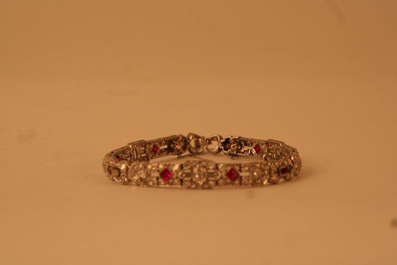 285B: ART DECO DIAMOND & RUBY BRACELET SET IN