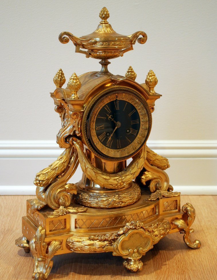 20) ORNATE FRENCH GILT BRONZE MANTLE CLOCK, C.