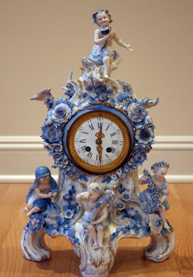 21) L. 19THC. FRENCH PORCELAIN MANTLE CLOCK