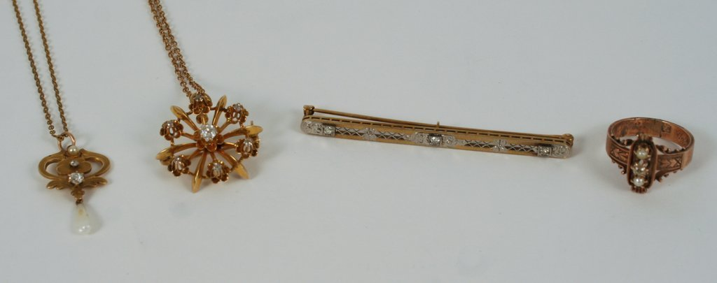 9A) GROUP JEWELRY: 14KYG PIN/PENDANT W/CENTER SM.