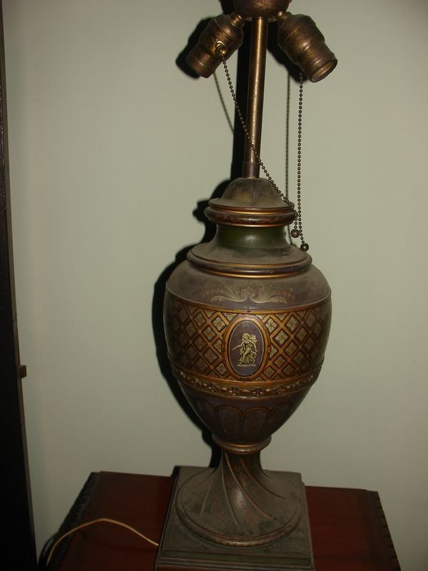 14: NEOCLASSICAL CARVED WOODEN PAINT DECO URN FORM T