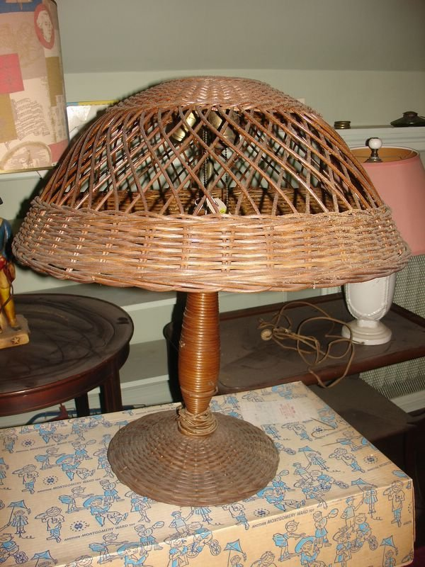 """18:   RATTAN TABLE LAMP, DIA. OF SHADE 24"""", OVERALL H."""