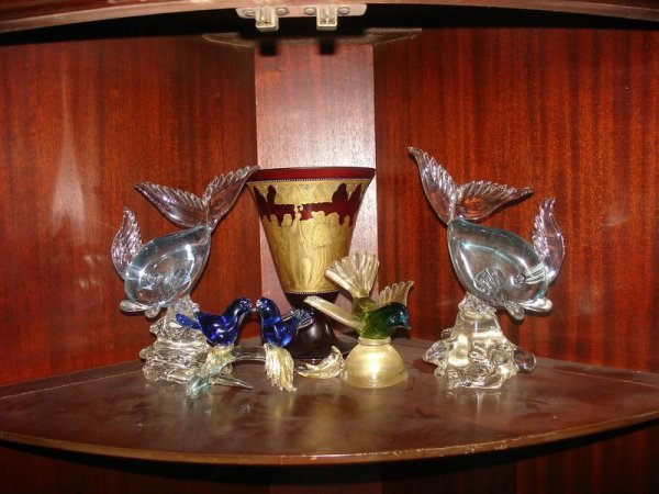 357:   GROUP OF 1950S VENETIAN GLASS: 2 FISH, 2 LOVE BI