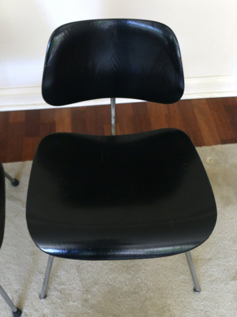 (2pc) MISC. EAMES / HERMAN MILLER CHAIRS - 5