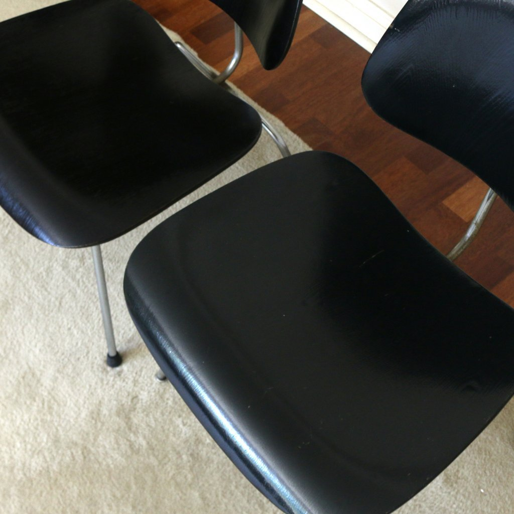 (2pc) MISC. EAMES / HERMAN MILLER CHAIRS - 7