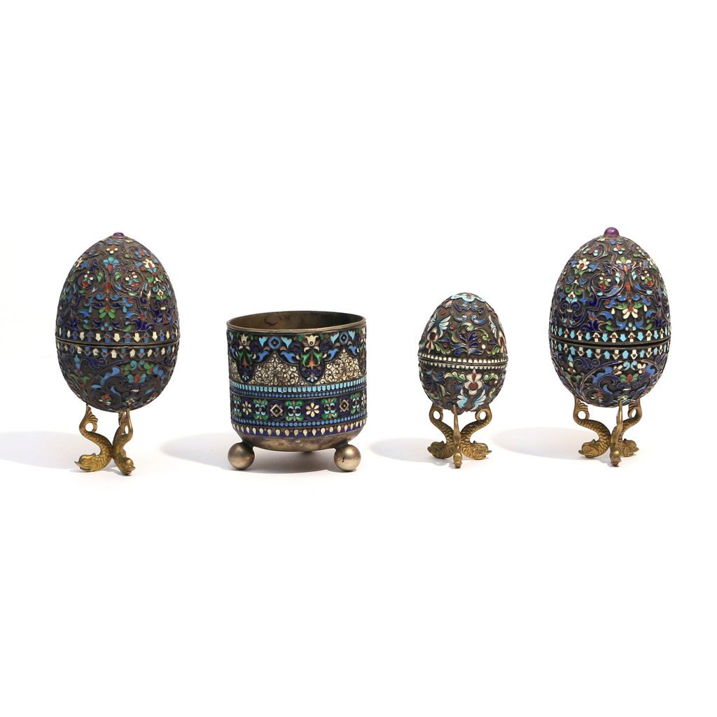 (4pc) RUSSIAN ENAMELED '84' SILVER EGGS & CUP