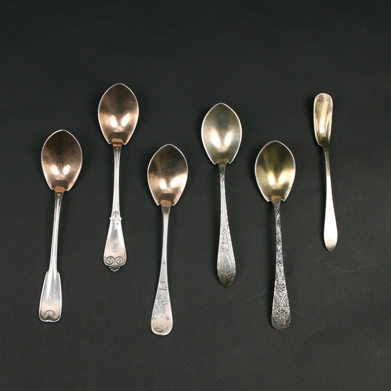 (29pc) MISC. SILVER & PLATED FLATWARE: - 2