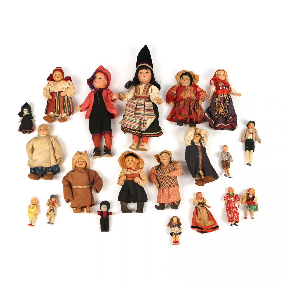 (20pc) RUSSIAN AND OTHER DOLLS - 6