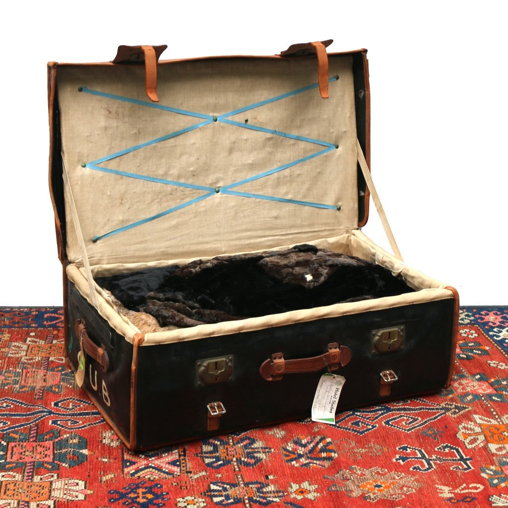 PAUL ROMAND PARIS STEAMER TRUNK & CONTENTS - 8