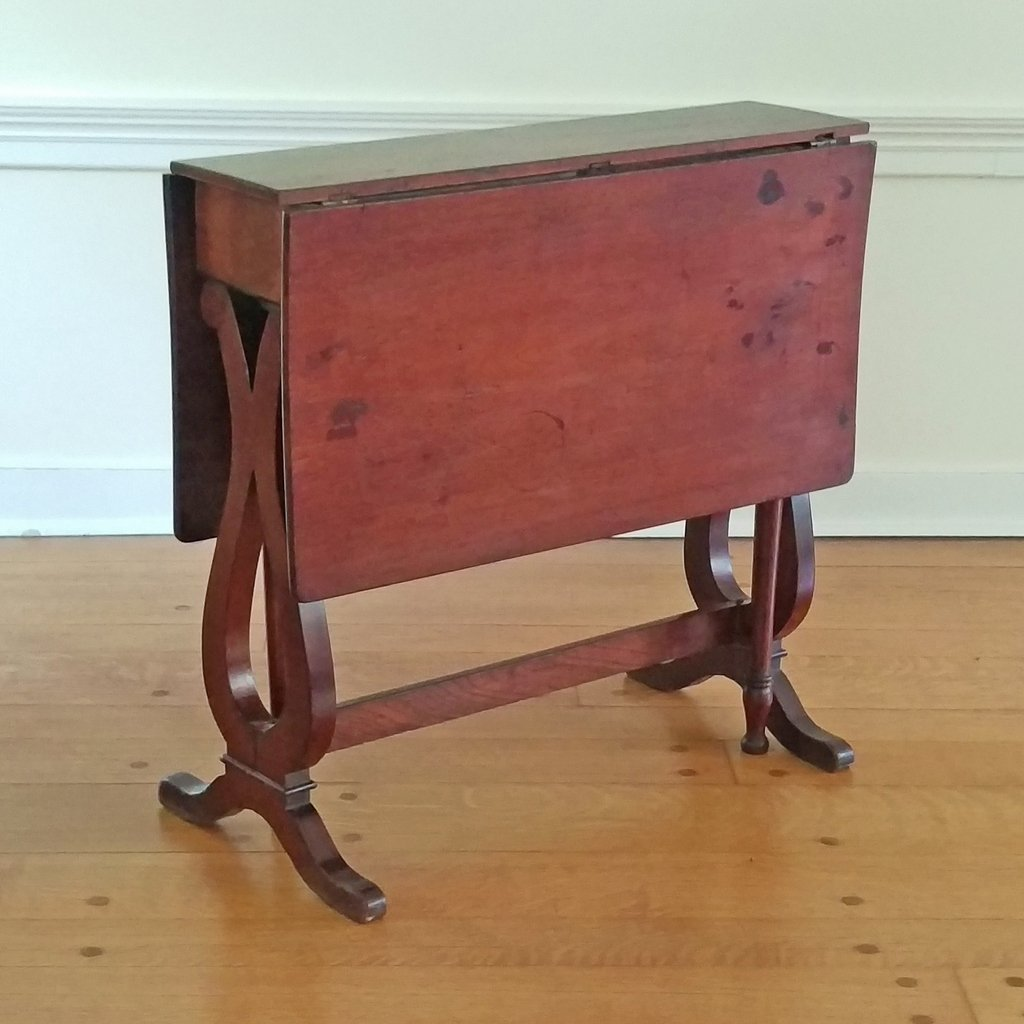 MAHOGANY TUCKAWAY TABLE