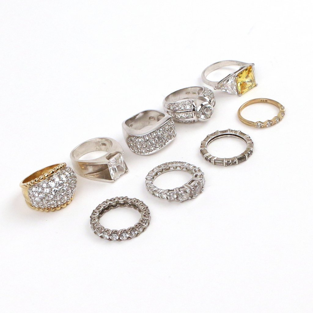 (9pc) SILVER AND DIAMOND SIMULANT RINGS