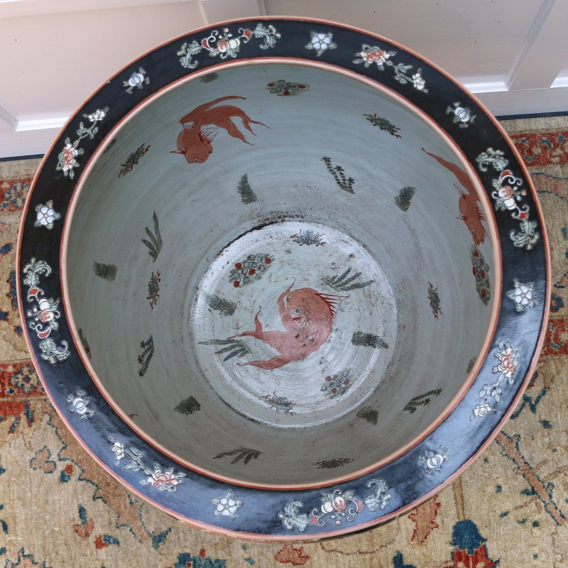 MONUMENTAL CHINESE EXPORT FISH BOWL - 2