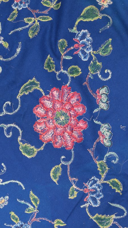 LARGE CHINESE CREWEL-WORK EMBROIDERY - 7
