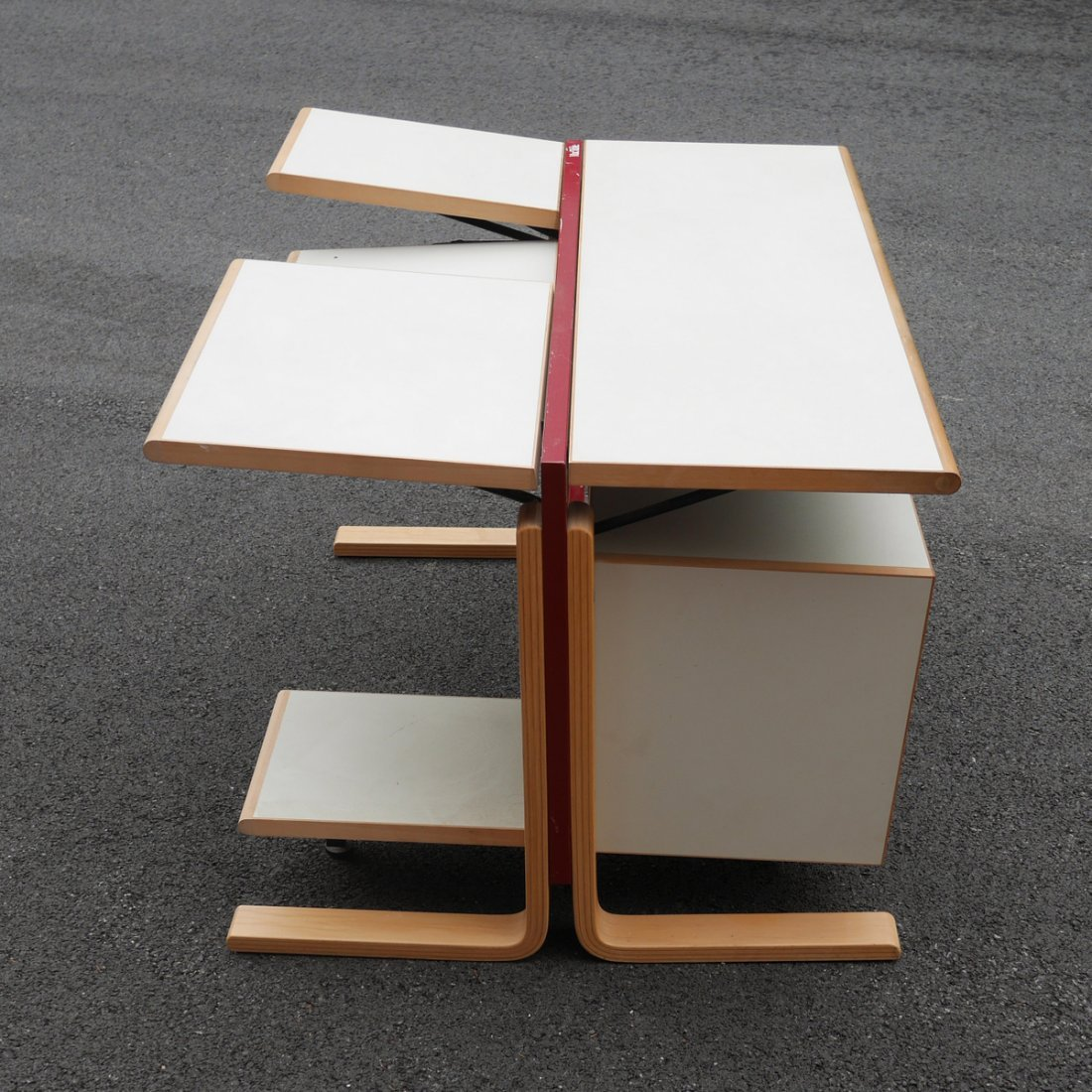 """""""MACTABLE"""" EARLY APPLE COMPUTER TABLE - 2"""