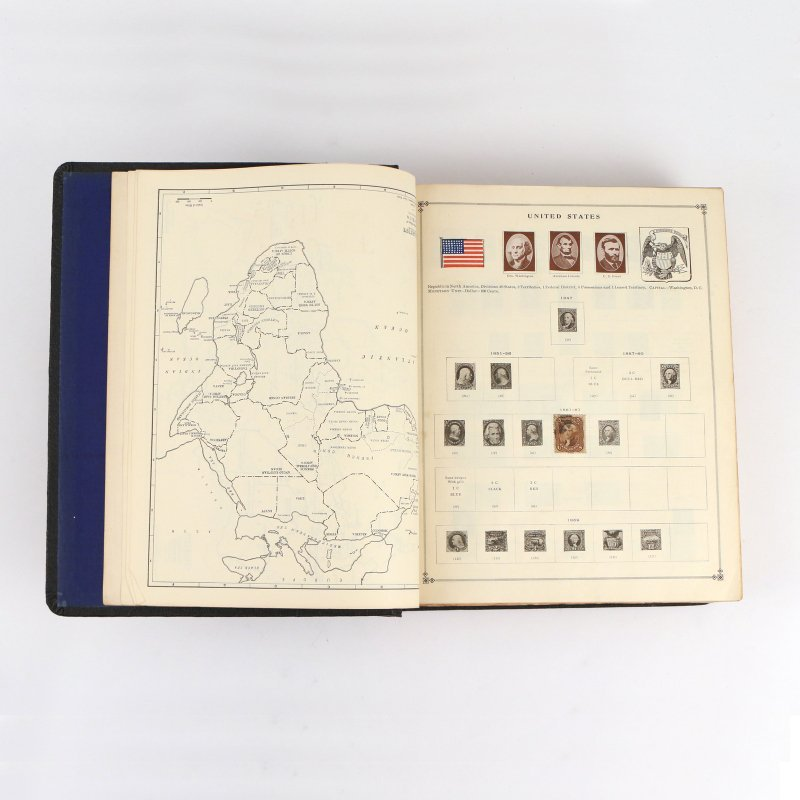 (5pc) INTERNATIONAL POSTAGE STAMP ALBUMS - 10