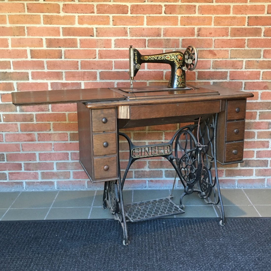 SINGER SEWING MACHINE TABLE - 2