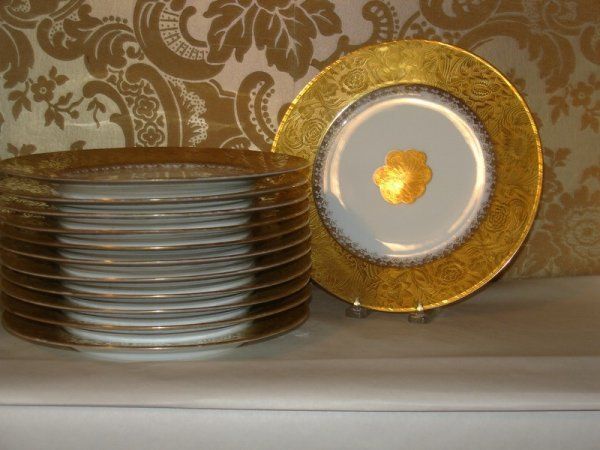 319: SET 10 LIMOGES SERVICE PLATES PLUS 2-SIMILAR, RET