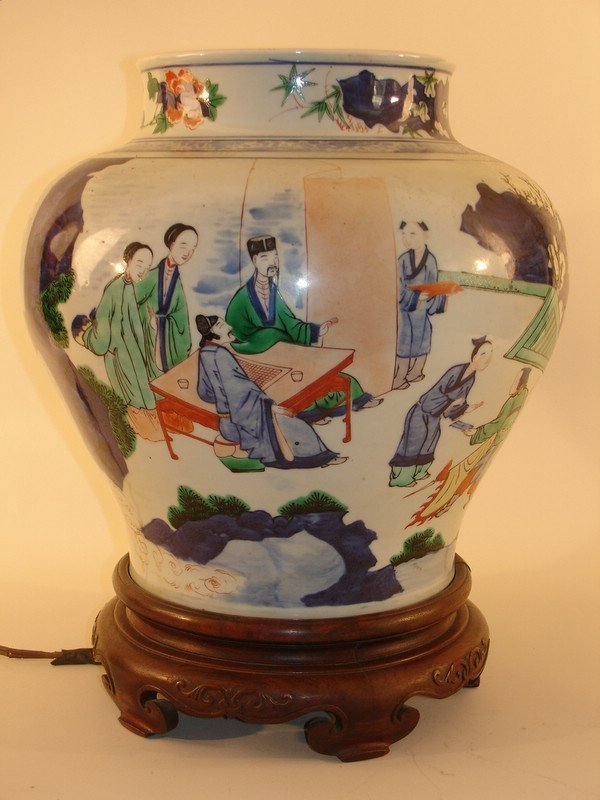 327: 19TH C. CHINESE VASE OF BULBOUS SHAPE, EXCELLENT