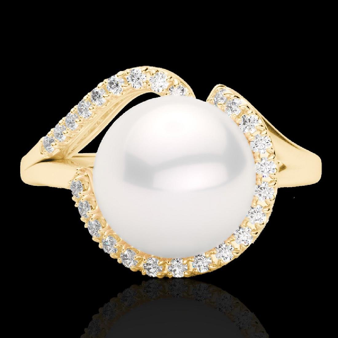 0.27 CTW VS/SI Diamond & White Pearl Designer Ring 18K