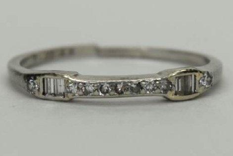 ALMOST ANTIQUE GRANAT BROS PLATINUM DIAMOND RING