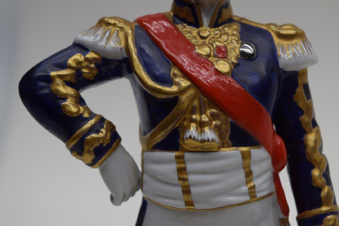 CONTINENTAL PORCELAIN SOLDIER MARSHAL NEY - 3