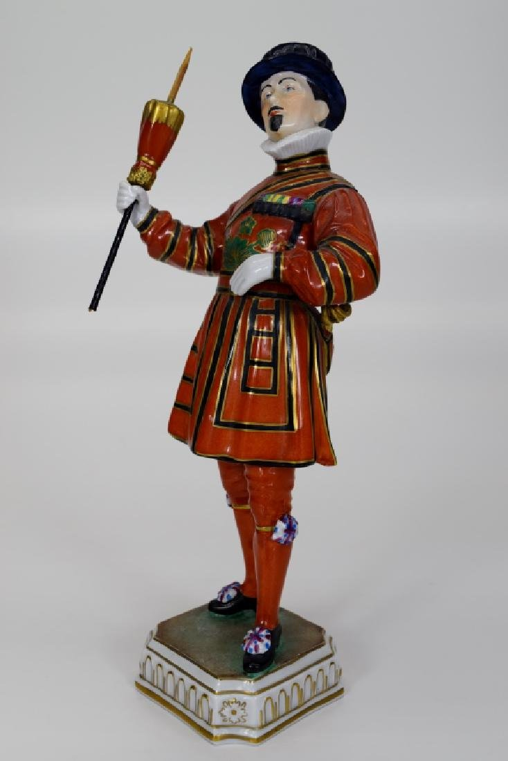 DRESDEN POTSCHAPPEL PORCELAIN YEOMAN OF THE GUARD - 2