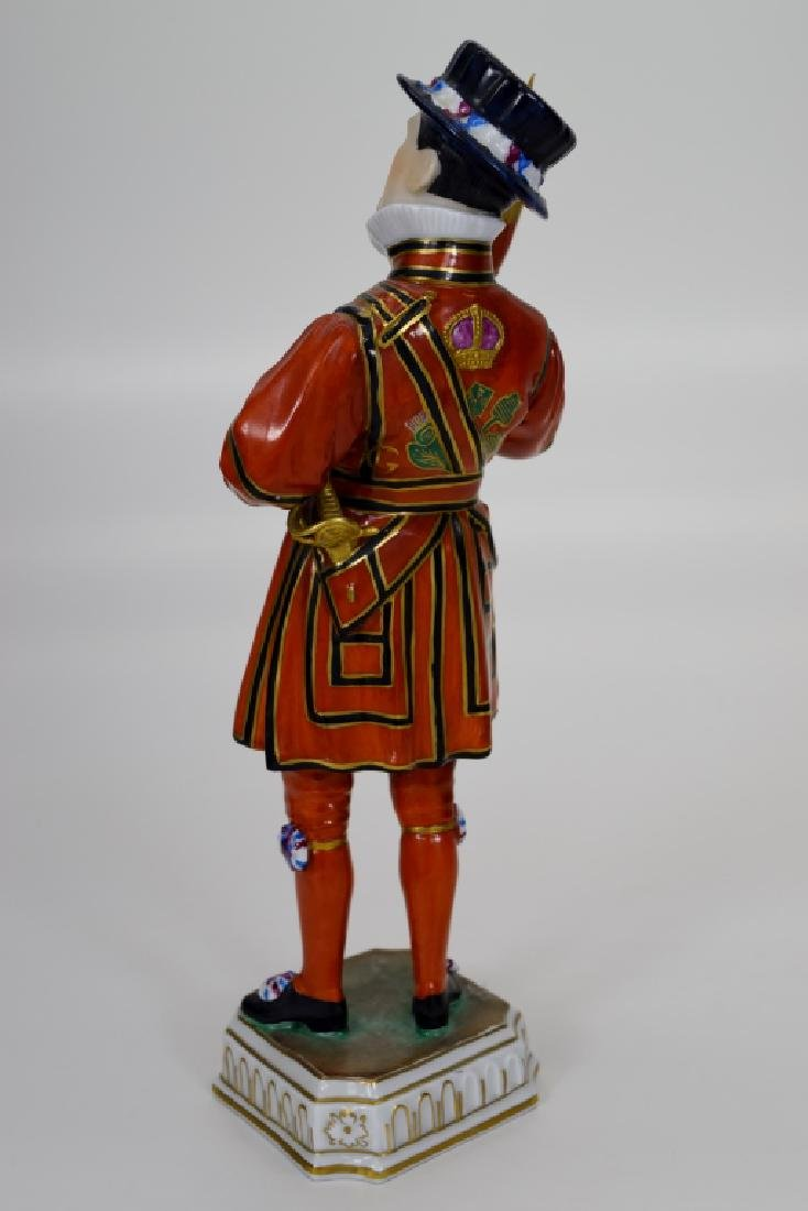 DRESDEN POTSCHAPPEL PORCELAIN YEOMAN OF THE GUARD - 4