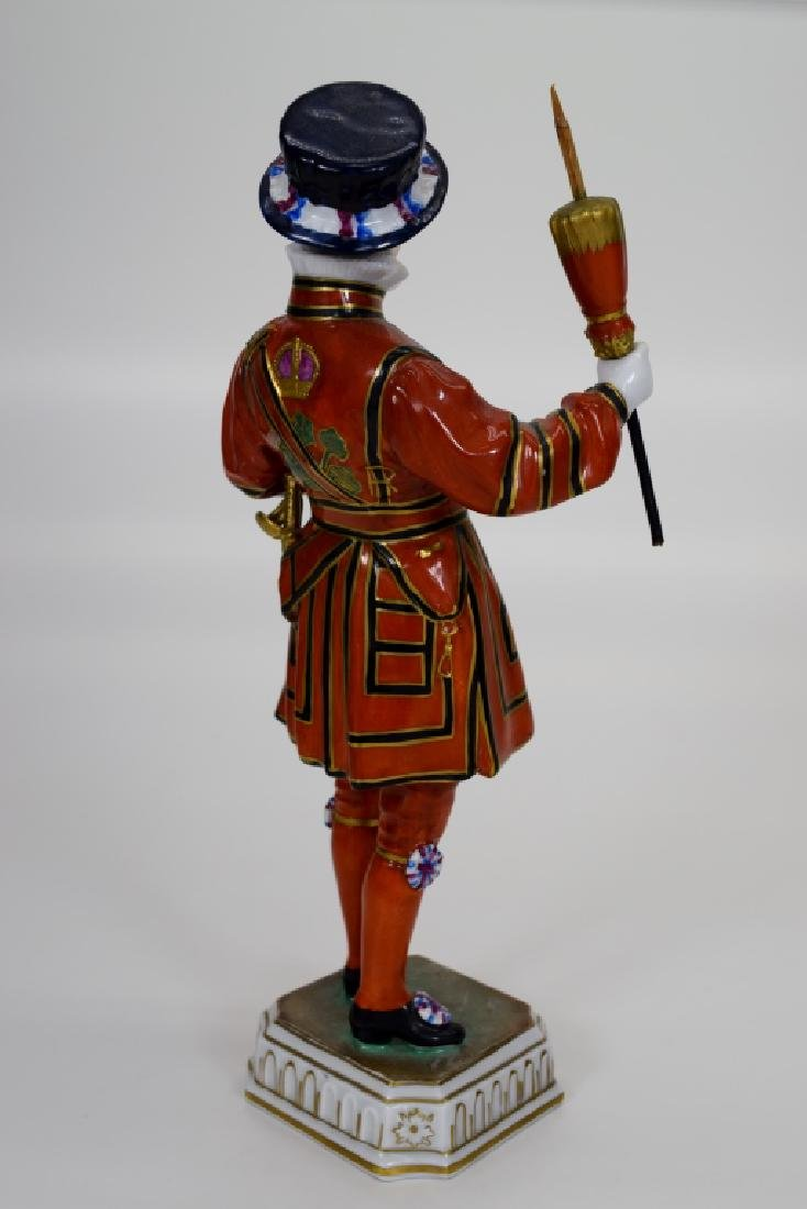 DRESDEN POTSCHAPPEL PORCELAIN YEOMAN OF THE GUARD - 5