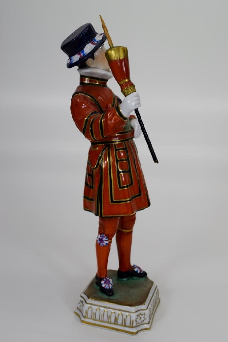 DRESDEN POTSCHAPPEL PORCELAIN YEOMAN OF THE GUARD - 6