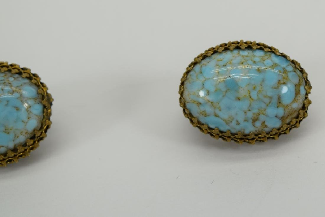 ANTIQUE GOLD METAL TURQUOISE CLIP-ON EARRINGS - 7
