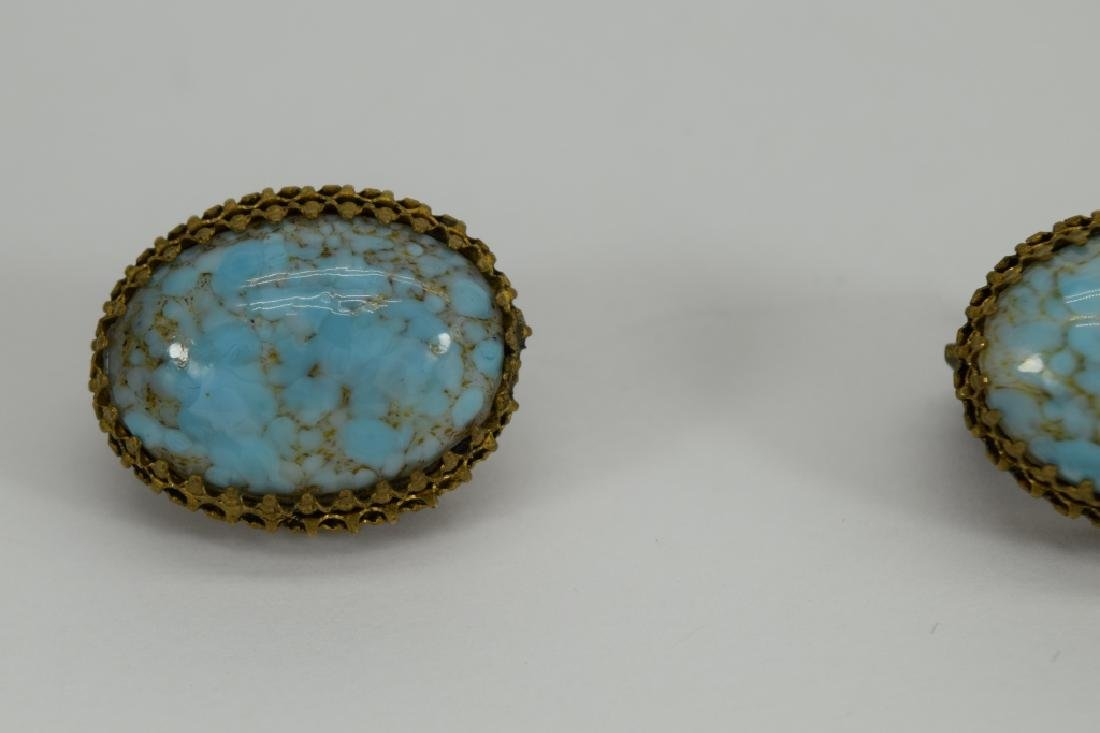 ANTIQUE GOLD METAL TURQUOISE CLIP-ON EARRINGS - 8
