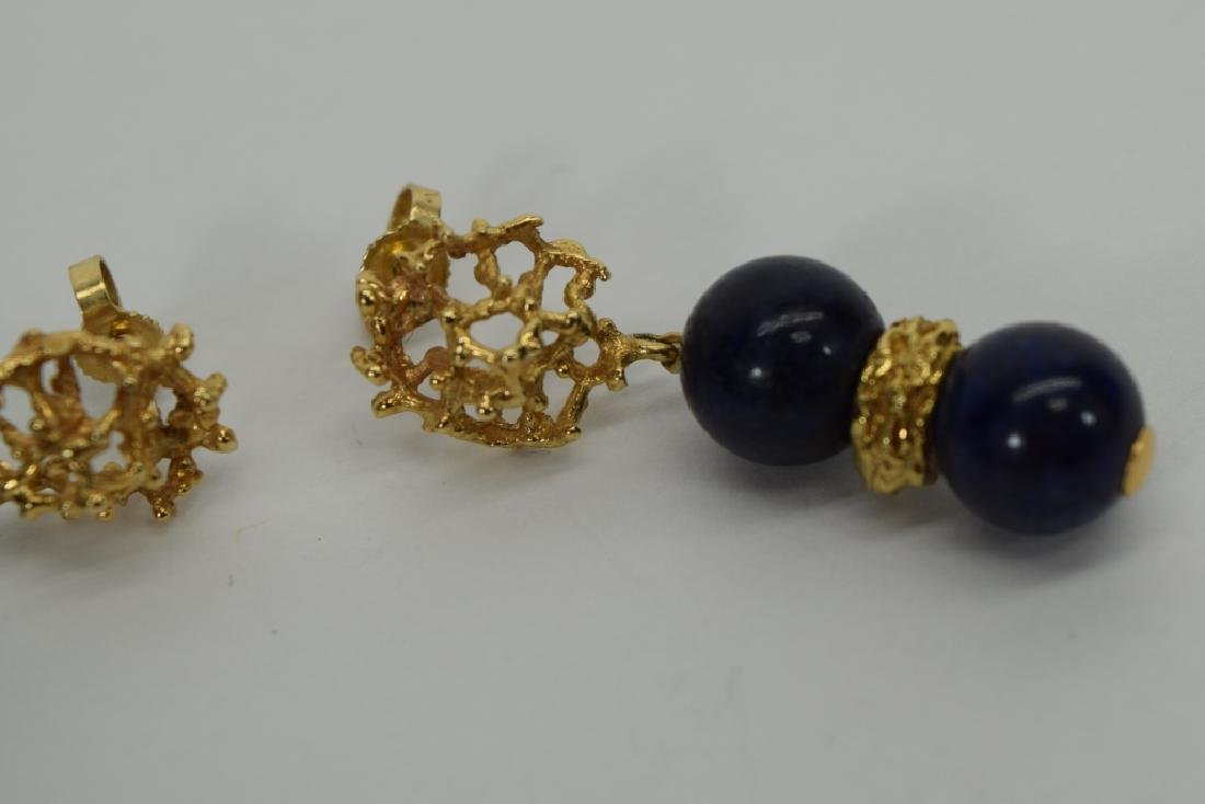 PAIR 14K GOLD LAPIS LAZULI EARRINGS - 10