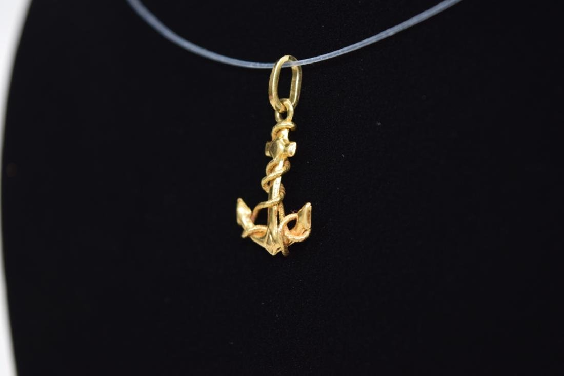 14K GOLD NAUTICAL ROPE WRAPPED ANCHOR PENDANT - 3