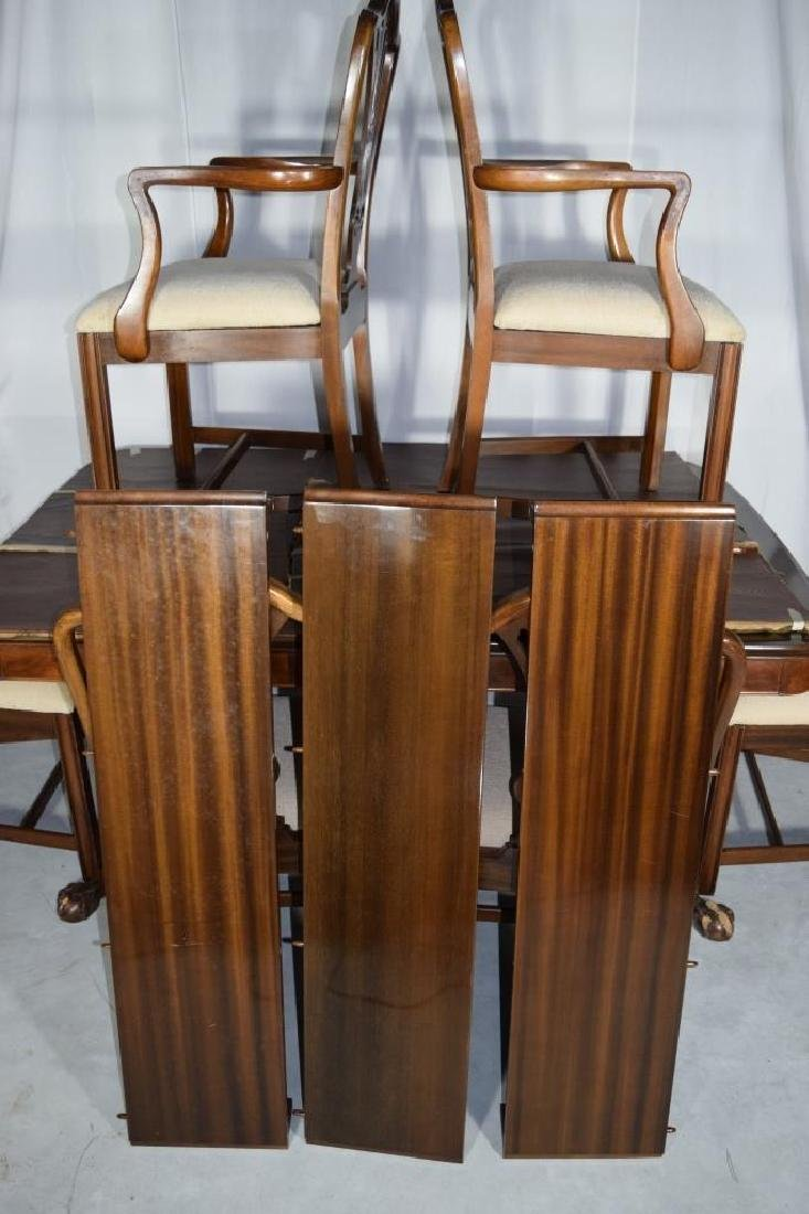 BERKEY AND GAY DINING ROOM SET TABLE & CHAIRS - 2